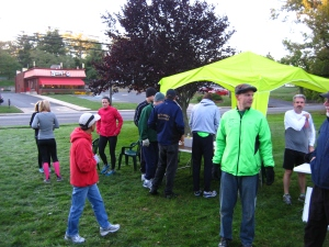 Runners starting to gather at the start.