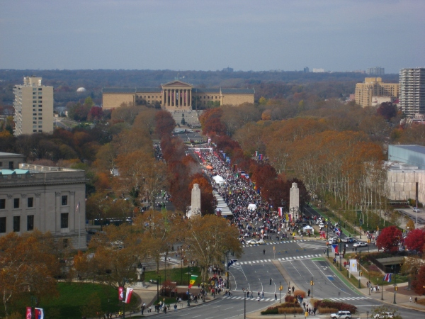 Ben Franklin Parkway and the Philly Marathon