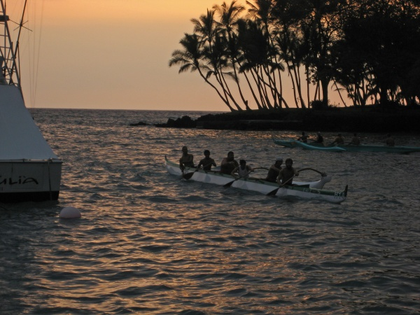 Canoe racers practicing in Keauhou Bay.