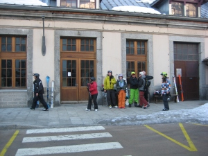 Our group, waiting for the bus to Courmayeur.